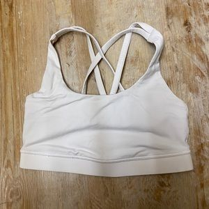 white lululemon sports bra